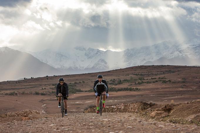 Cyclistes et Atlas